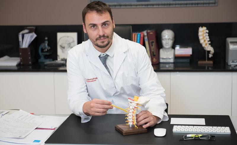 Neurocirujano De Quintana